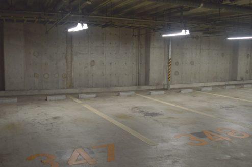 9.タイムズ東京ドーム地下駐車場|駐車枠