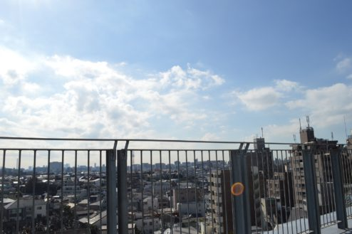 14.赤羽駅西口駐車場|屋上駐車場抜け