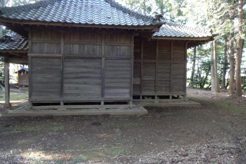 4.神社・集会所|本殿横