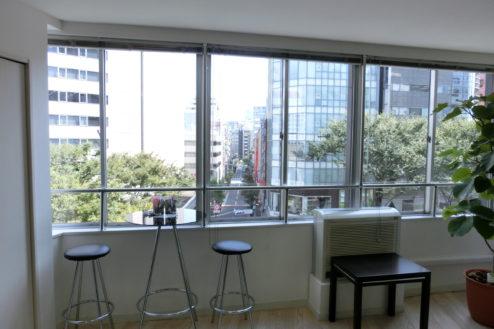 7.高商ビルスタジオ|室内・窓側