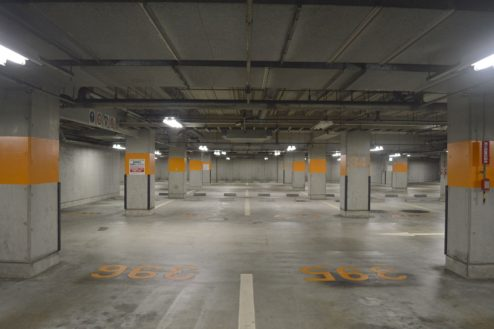 2.タイムズ東京ドーム地下駐車場|駐車場内