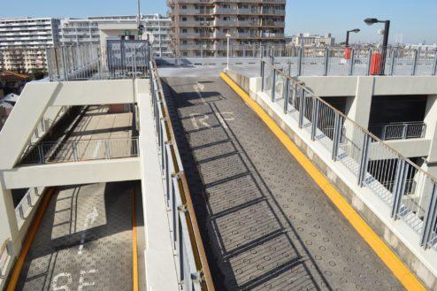10.赤羽駅西口駐車場|屋上駐車場への動線