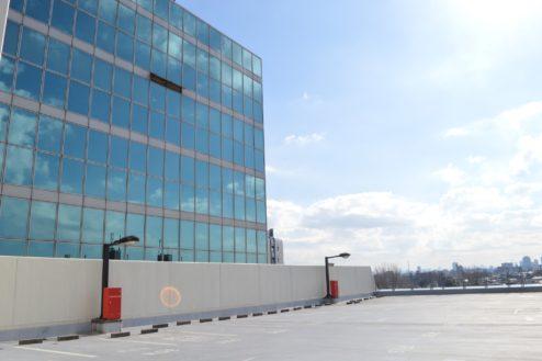 1.赤羽駅西口駐車場|屋上駐車場ビル側