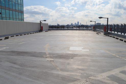 2.赤羽駅西口駐車場|屋上駐車場ビル側