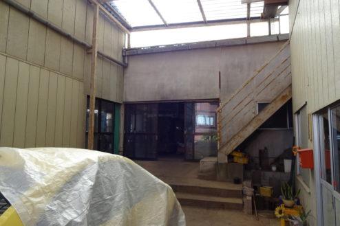 8.廃工場・倉庫|工場入口