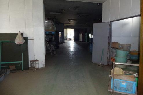 1.廃工場・倉庫|工場内通路