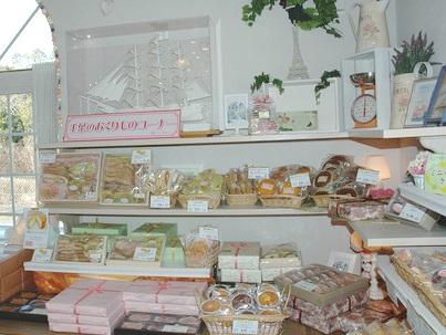 5.柏のケーキ屋|商品棚
