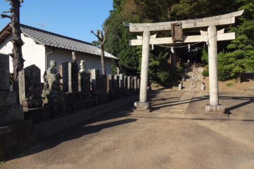 3.神社・集会所|鳥居