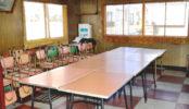 昔ながらの中華食堂|食堂・中華・昭和・木のテーブル・イス