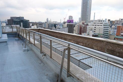 3.高商新宿二丁目スタジオ屋上