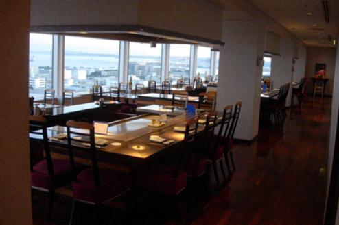 3.複合施設1|レストラン