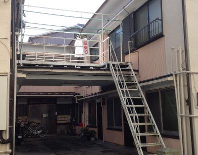 10.アパート1 外通路・外階段