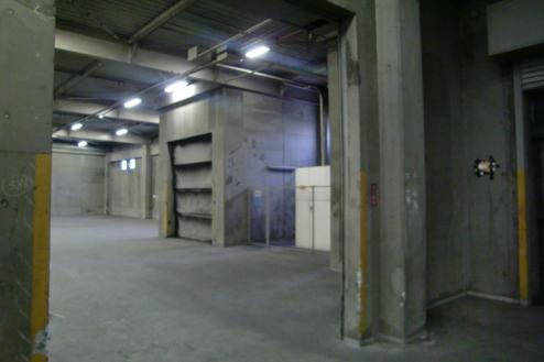 12.倉庫1 倉庫内