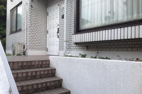 15.マンション1|外観・階段