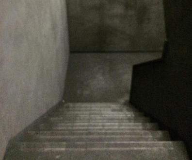 17.倉庫1 階段