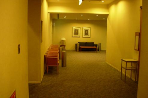 20.複合施設1|研修会場ロビー廊下