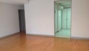 マンション1|洋室・キッチン・浴室・窓