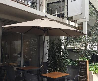 飲食店5・ブライダルカフェ|テラス・メイク・ウェディングドレス