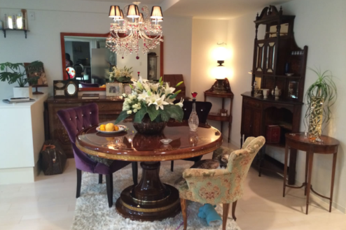 4.山手パシフィック|室内・家具・テーブル席