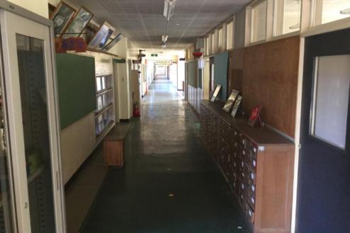 14.学校4|廊下