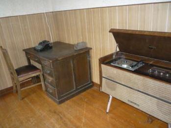 ⑯Dスタジオ|アンティーク家具