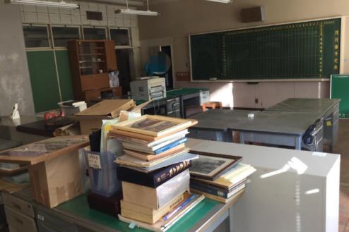 2.学校4|職員室