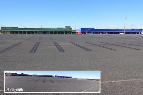 4.ロングウッドステーション|フラットな1万坪の駐車場