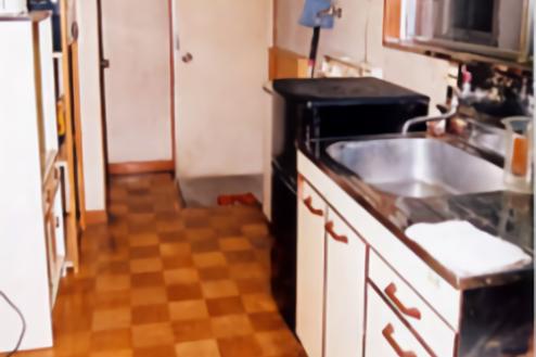 ⑬Eスタジオ|2F201号室キッチン