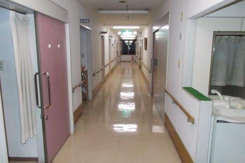 10.病院1|廊下