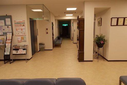 9.病院1|ロビー