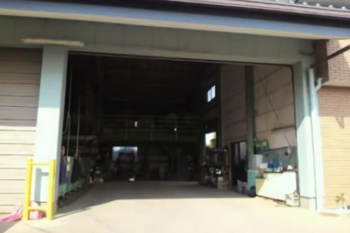 6.中型の倉庫|出入口