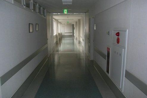 C病院3|廊下