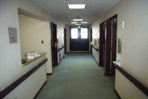 14.病院5|廊下