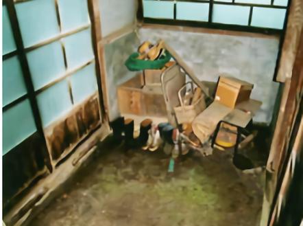 G農家の一軒家|土間につながる小部屋