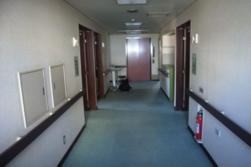 15.病院5|廊下