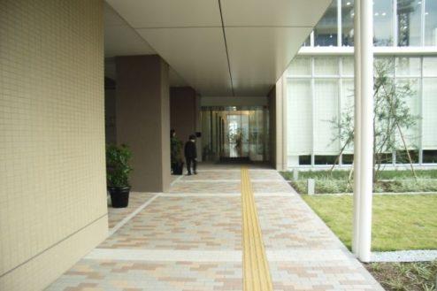 18.病院2|玄関