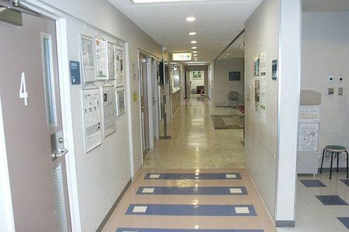 5.病院3|廊下