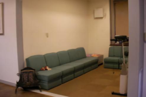 D病院 待合室
