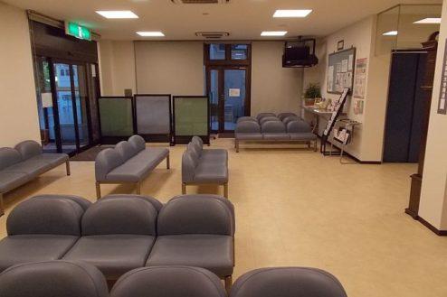 8.病院1|ロビー待合室