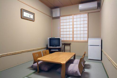 8.横浜みなとみらい万葉倶楽部|客室(和室)