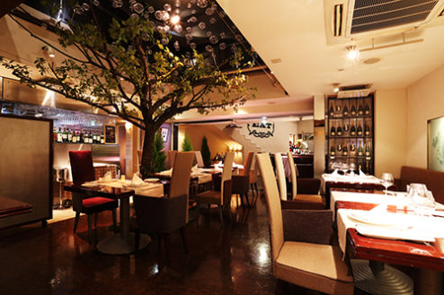 AレストランSidedoorヒシオ|ホール