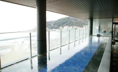 Hホテルミクラス|男性用オーシャンビュー大浴場
