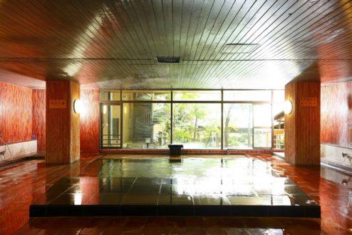 5.大月ホテル和風館|男性用大浴場(内風呂)