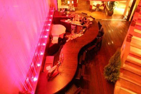8.レストランSidedoorヒシオ|バーカウンター俯瞰