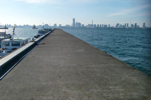 1.埠頭3|長い桟橋