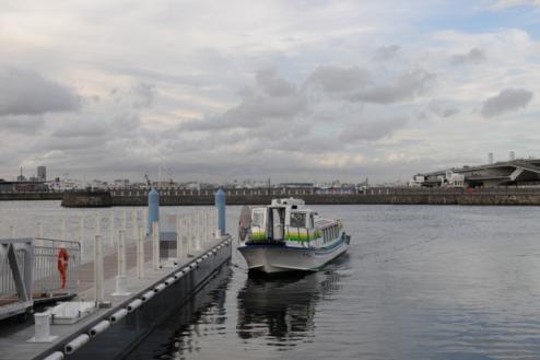 3.埠頭5|桟橋・大さん橋方向