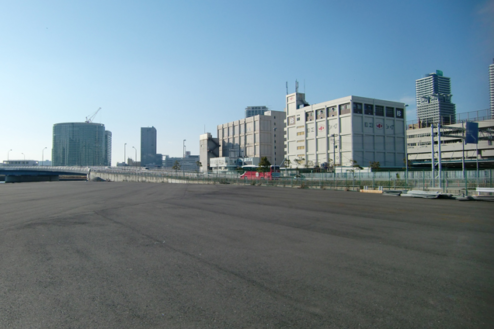 3.埠頭1|広いスペース(陸側)