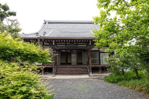 G順徳寺|本堂外観・庭