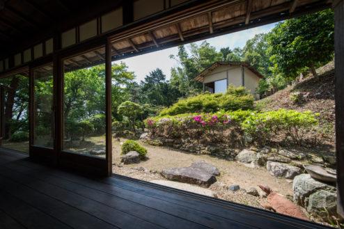 6.天神山 松風庵|縁側から庭