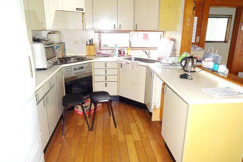 4.庭付き日本家屋|キッチン